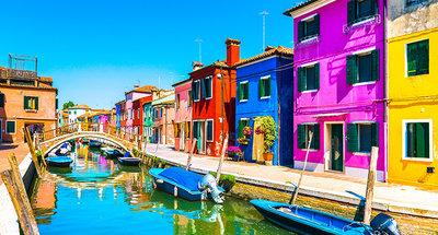 Vie colorate di Burano