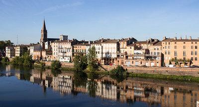 Fiume tranquillo a Montauban