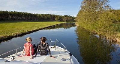 Relax al sole sulla barca