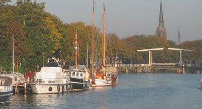 Barche e ponte mobile in Olanda