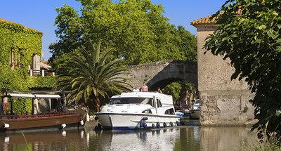 Le Somail sul Canal du Midi