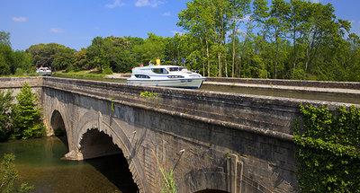Ponte canale sul Canal du Midi