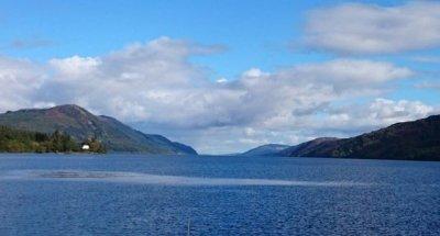 Il lago di Loch Ness e la leggendaria Nessie