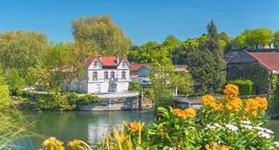 Il fiume Charente vicino a Cognac
