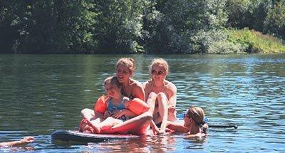Nuoto nel fiume Lot