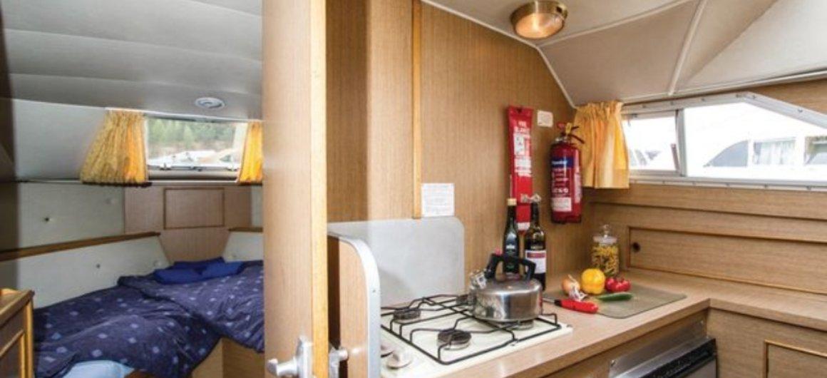 Braemore WHS - cucina e cabina a prua