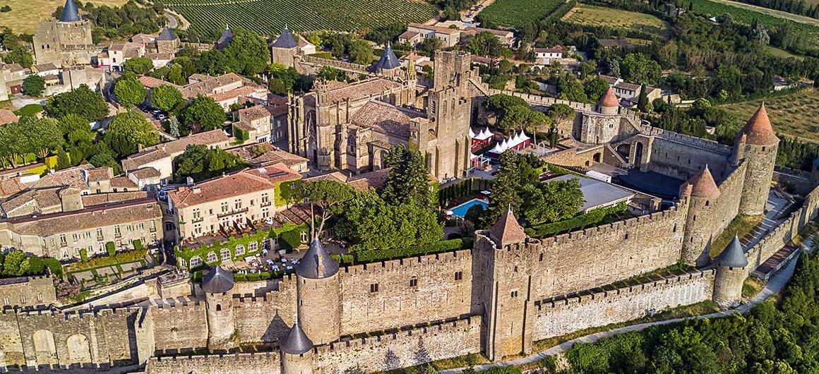Veduta aereadi Carcassonne, Canal du Midi