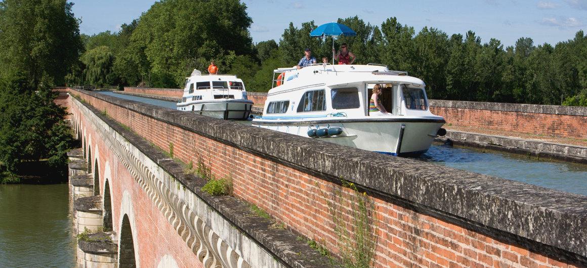 Ponte-Canale di Cacor, nei pressi di Moissac, Aquitania
