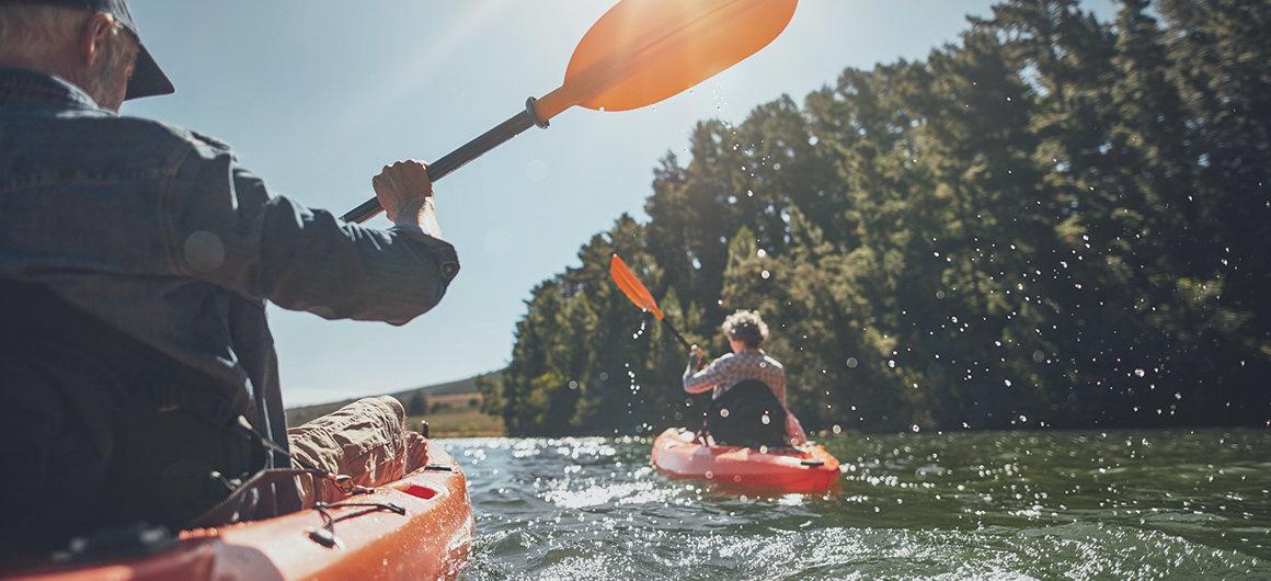 In canoa sui laghi del Canada