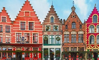 Case colorate a Bruges