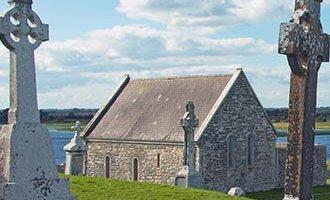Lapidi a Clonmacnoise